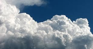 """""""الأرصاد"""" تحذّر من عواصف رعدية ماطرة على شرورة والرياض"""