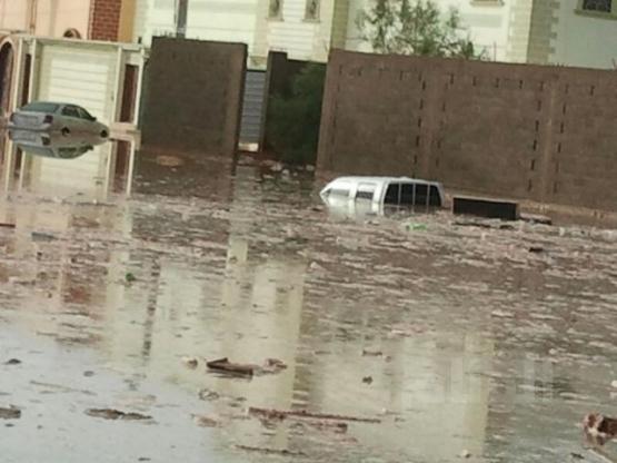 سقوط 200 محور زراعي وانهيار سقف المستشفى بوادي الدواسر