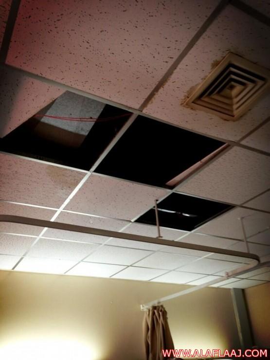 أهالي الأفلاج: مستشفى الأفلاج العام لا يقي من الحرارة ولا يحمي من الأمطار
