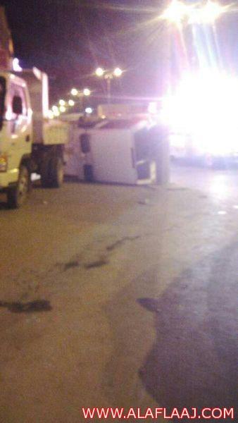 إنقلاب دورية تابعه لشرطة الأفلاج ولا إصابات