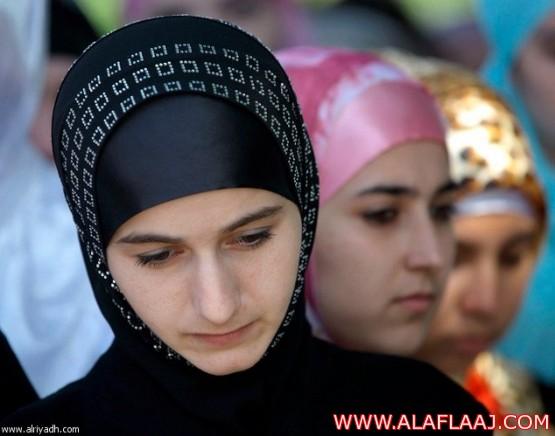 محكمة روسيا تؤيد حظر ارتداء الحجاب بالمدارس